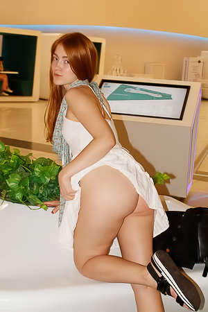 Jia Lissa - Public Pussy And Tits Pics