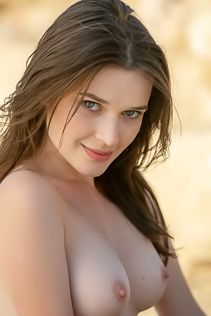 Breathtaking Nude Beauty Serena J